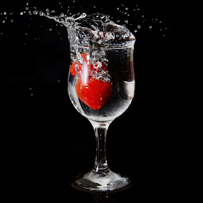 Strawberry Splash by Sarath Sankar - Artistic Objects Cups, Plates & Utensils