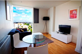 Superb One Bedroom Apartment in Superb Location