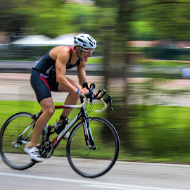 The race is on by Vibeke Friis - Sports & Fitness Cycling ( panning, bike,  )