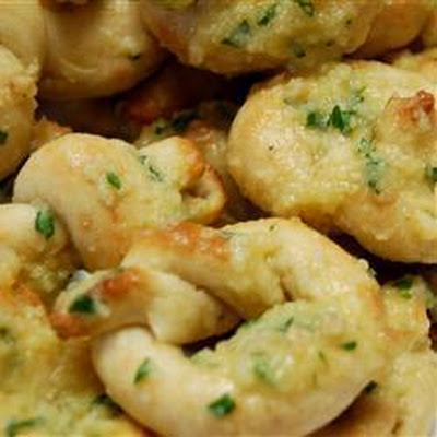 Garlic Bread Knots