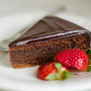 Flourless Chocolate Almond Cake with Chocolate Ganache