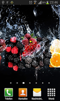 Screenshot of Fruits in water live wallpaper
