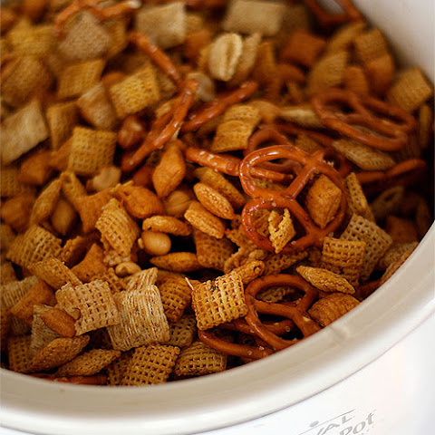 Crock Pot Chex Mix