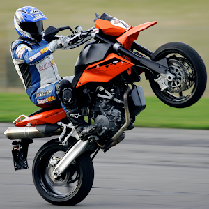 Racing moto: Modified motobike