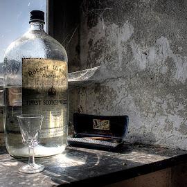 wodka by Greg Warnitz UE - Food & Drink Alcohol & Drinks