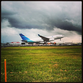 Take Off by Bambang Risnanda - Instagram & Mobile Android