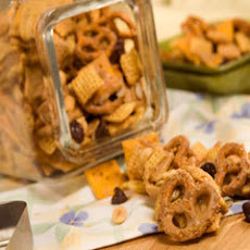 Peanut Butter Snack Mix