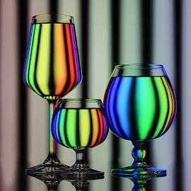 Hues of Spectrum #3 by Rakesh Syal - Artistic Objects Glass