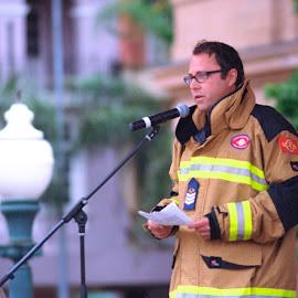 Fire-fighter's Warning by Andrew Rock - News & Events Politics ( film, dean mcnulty, minolta sr-t 101, kodak portra 160, minolta mc tele rokkor-qf 200mm f/3.5,  )