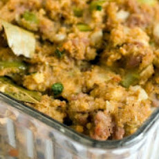 Simple Cornbread Stuffing