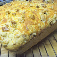 Easy Cheddar Walnut Bread