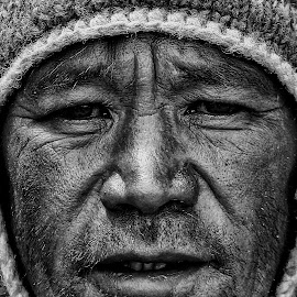 Portrait @ 17100ft asl by Santanu Banerjee - People Portraits of Men ( blackandwhite, b&w, 17100ft asl, sikkim, portrait,  )