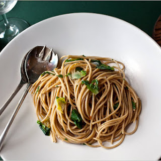 Whole Wheat Spaghetti With Green Garlic and Chicory