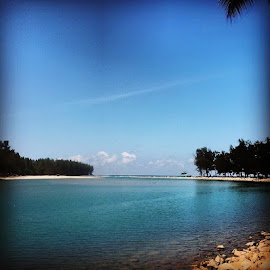 Blue Lagoon by Ahmad Yusri - Instagram & Mobile Android ( terengganu, photo, photography, photooftheday, like, likes )