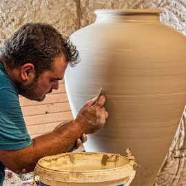 Concentration by Nayyer Reza - People Professional People ( color, pottery, nayyer, portrait, reza )