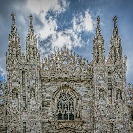 Il Duomo by Izzy Kapetanovic - Buildings & Architecture Public & Historical ( milan, church, neogothic, cathedral, architecture, historical, worship, italy, il duomo )