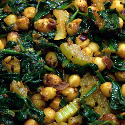 Spiced Chickpeas with Spinach