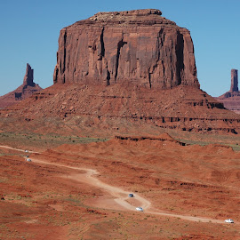 Monument Valley by Gottfried Leopold - Landscapes Deserts ( monument valley, red, desert, utha, usa )