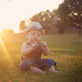 Fall sunset by Valeriya Hill - Babies & Children Babies ( love, sava, grass, sunset, fedora hat )