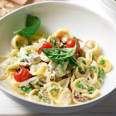Pesto Chicken and Orecchiette with Green Peas and Tomatoes