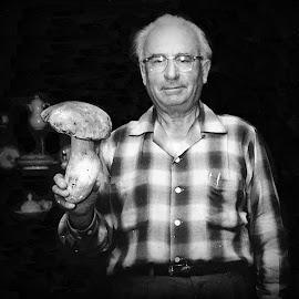 the hunter & the hunted by Leslie Hunziker - People Portraits of Men ( mushroom, black & white, people, man )
