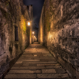 Wuzhen narrow alley by Derrick See - Buildings & Architecture Public & Historical ( ancient, water town )