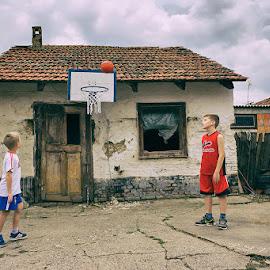 The Land of basketball by Djani Bardoti - Sports & Fitness Basketball