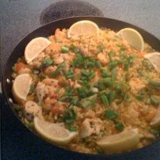 Spanish Paella (with Chicken and Seafood)