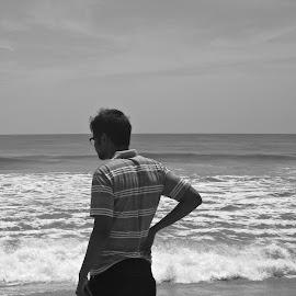 pose by Venkata Krishnan - People Portraits of Men ( #man #beach #blackandwhite #pose #chennai )