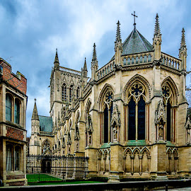 Cambridge by Eduardo Menendez Mejia - Buildings & Architecture Places of Worship ( uk, england, tokina 12-24, iglesia, church, menendez, eduardo, cambridge, d5100, inglaterra )
