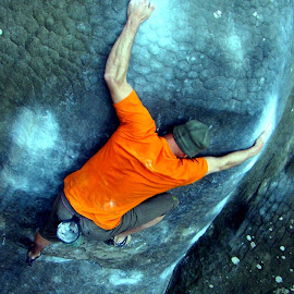 rock hug by Dori Ta - Sports & Fitness Climbing