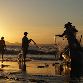 Fisherman by Andi Soegiri - People Street & Candids
