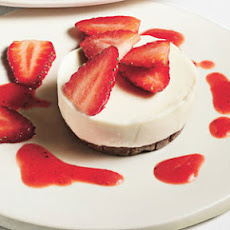 Strawberry and White Chocolate Mini Cheesecakes