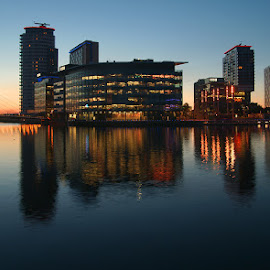 by Bob Rawlinson - Buildings & Architecture Office Buildings & Hotels ( salford quays )