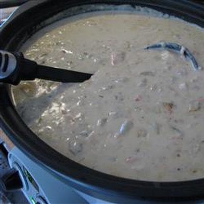 Slow Cooker Clam Chowder