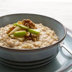 Apple Pie Steel-Cut Oats (Slow-Cooker)