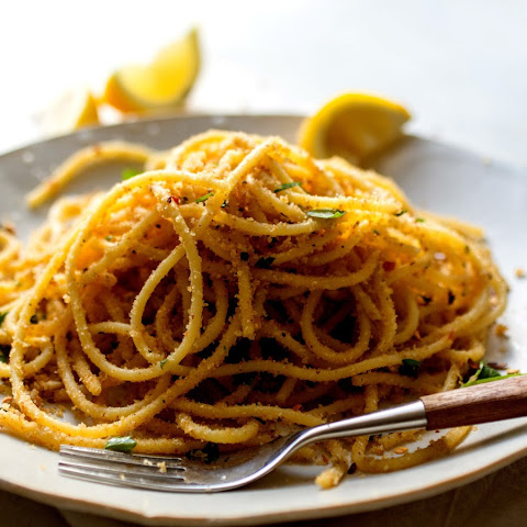 Spaghetti With Garlicky Bread Crumbs and Anchovies Recipe | Yummly