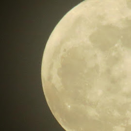 Super Moon Over Windsor, IL 05/05/2012 by Theresa Campbell - News & Events Weather & Storms