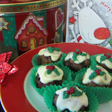 Mini Christmas Pudding Treats