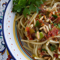 Pasta With Figs and Prosciutto