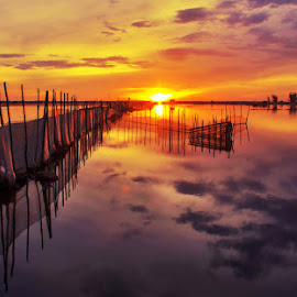 sunrise on Chuon lagoon by Trang Nguyen - Landscapes Sunsets & Sunrises ( lagoon, nature, travel, places, landscape )