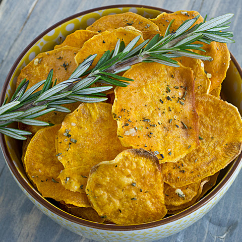 Garlic Rosemary Baked Sweet Potato Chips