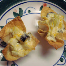 Cheesy Artichoke Cups
