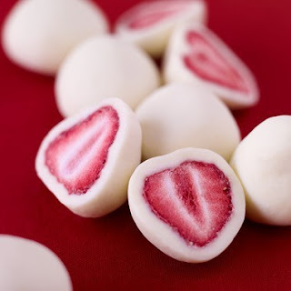 Frozen Strawberry Yogurt Bites