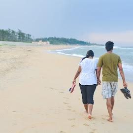 Lovely walk on the beach by Ivon Murugesan - People Couples ( green, sea, beach, people, beach wedding, photography, couples, blue, family, wedding, pre wedding, couple, walk )