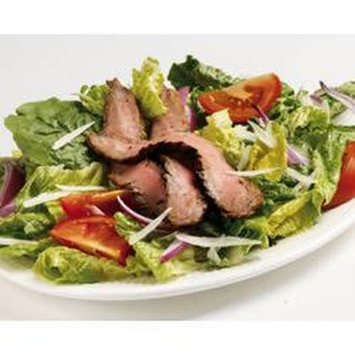 Grilled Garlic Flank Steak Salad