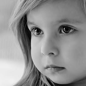 little hope bw by Julian Markov - Black & White Portraits & People