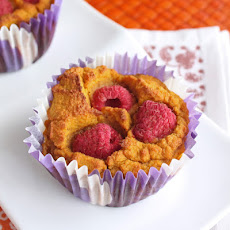 Low Carb & Gluten Free Pumpkin Raspberry Muffins