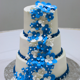 Flower Cake by Marsha Biller - Wedding Details ( bridal goodies  contest,  )