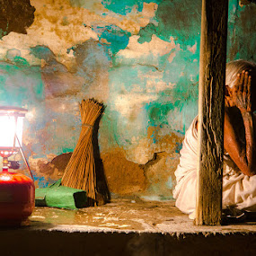 picturesque by Sathriyan Abi - People Street & Candids ( picturesque, old lady, village, india, night )